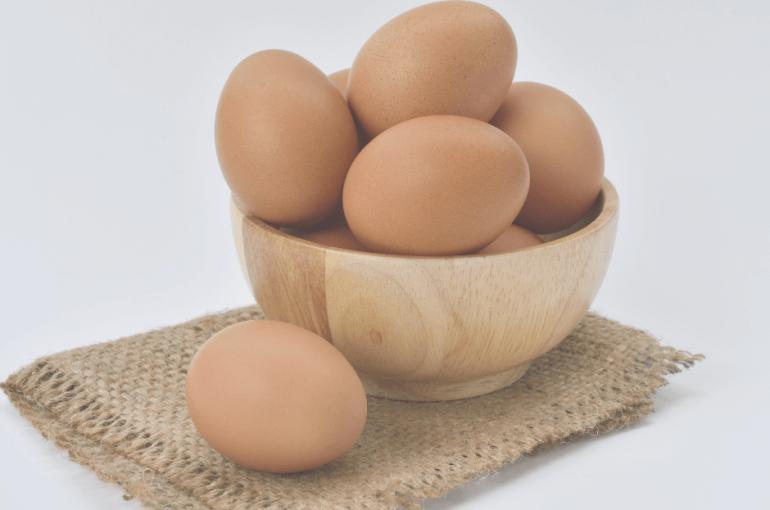 como-escolher-os-ovos