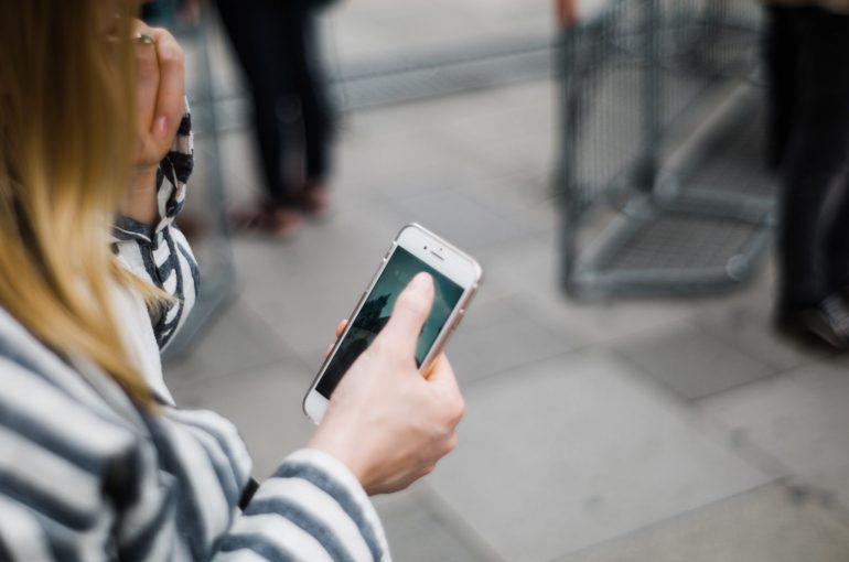 como passar menos tempo nas redes sociais