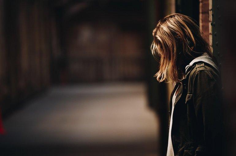 hábitos diários que prejudicam a tua saúde mental